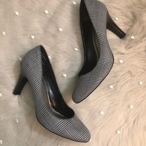 Apt. 9 Black/White Plaid Pump
